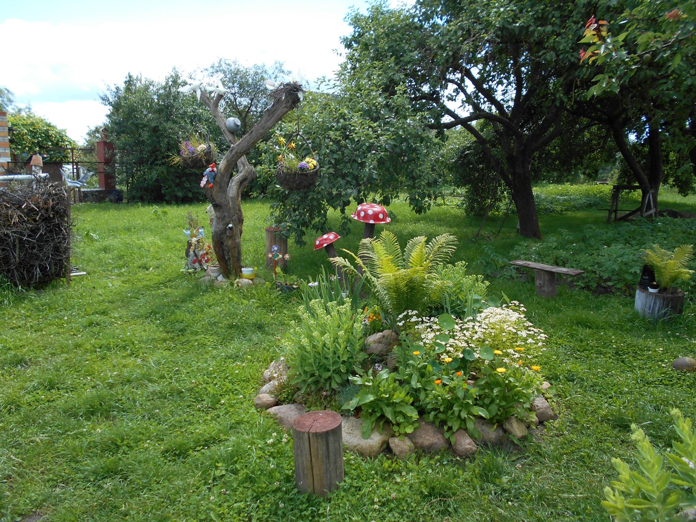 Ландшафтный дизайн в деревне своими руками фото